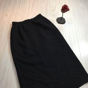 ❣️Michele Women's Black Midi Skirt Size: 12